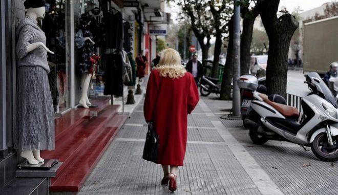 Street scene in Thessaloniki, Greece on November 23, 2016. /  , , 23  2016.