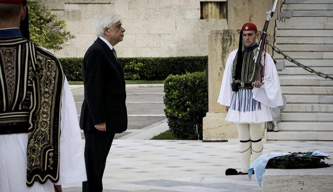 Κατάθεση στεφάνου από τον Πρόεδρο της Δημοκρατίας Προκόπη Παυλόπουλο στο Μνημέιο του Άγνωστου Στρατιώτη για την εθνική επέτειο της 25ης Μαρτίου 1821, Κυριακή 25 Μαρτίου 2018.