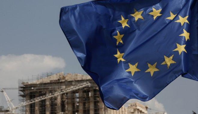 Περίπου 6 δισ. ευρώ η δόση για τη γ΄αξιολόγηση