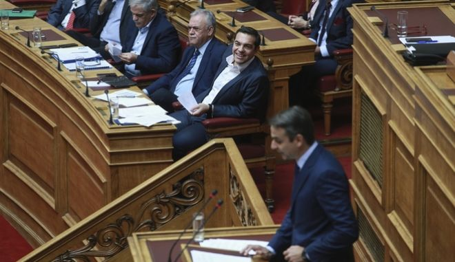 Greek Prime Minister Alexis Tsipras, answering questions, at the parliament plenum, in Athens, on Nov 11, 2017 /        ,    ,  11 , 2017