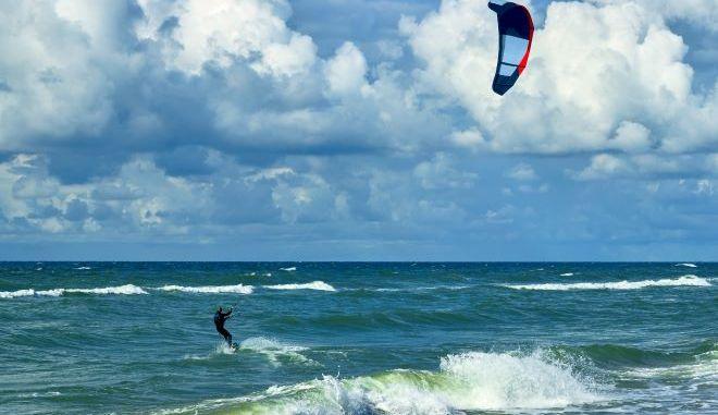 kite surfer (φωτογραφία αρχείου)