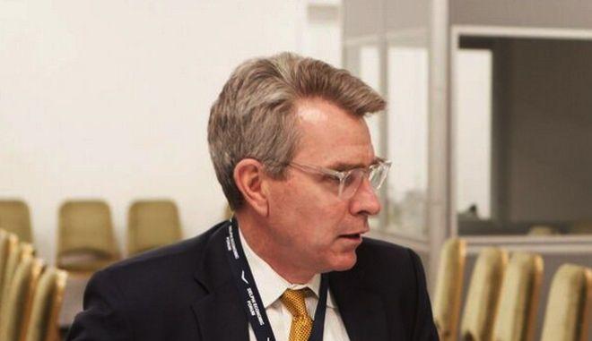 Ο Πρόεδρος της Νέας Δημοκρατίας, κ. Κυριάκος Μητσοτάκης είχε, σήμερα Παρασκευή 3 Μαρτίου, συνάντηση με τον Αμερικανό πρέσβη κ. Geoffrey Pyatt, στο περιθώριο του 2ου Οικονομικού Φόρουμ των Δελφών. (EUROKINISSI/ΓΡΑΦΕΙΟ ΤΥΠΟΥ ΝΔ/ΔΗΜΗΤΡΗΣ ΠΑΠΑΜΗΤΣΟΣ)