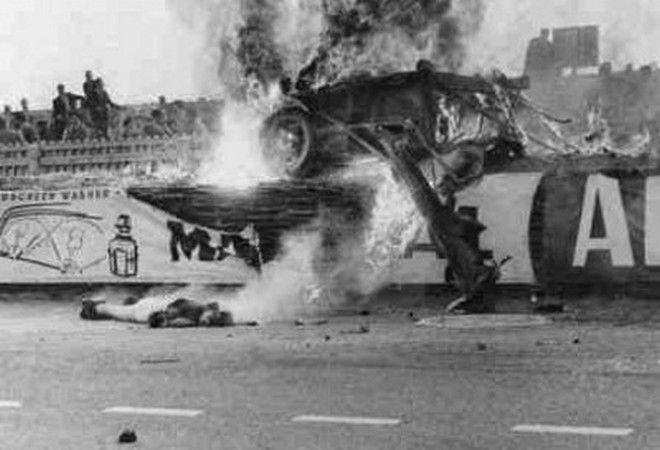 Μηχανή του Χρόνου: Ο θανατηφόρος αγώνας του Λε Μαν και οι πανηγυρισμοί του οδηγού που προκάλεσε την τραγωδία
