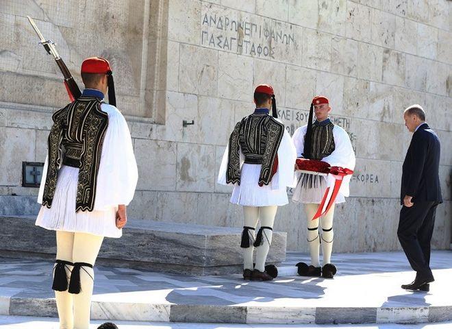 Φωτογραφίες: Ο φωτογράφος του Ερντογάν καταγράφει την επίσκεψη στην Αθήνα