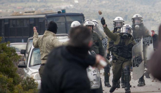 Επεισόδια μεταξύ της αστυνομίας και πολιτών