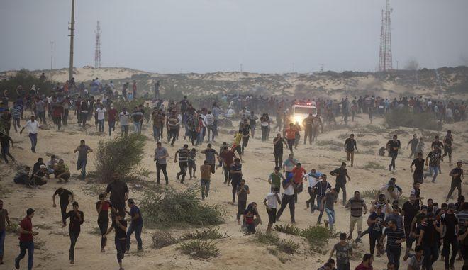 Το Ισραήλ ενισχύει τις στρατιωτικές του δυνάμεις στα σύνορα με τη Γάζα