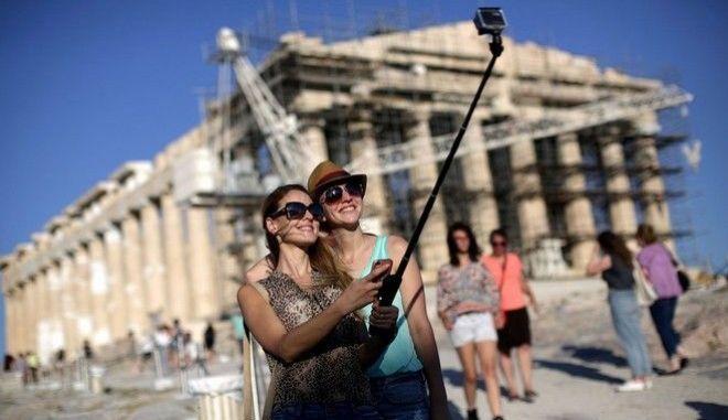Ρεκόρ αυξήσεων για τον ελληνικό τουρισμό το 2016