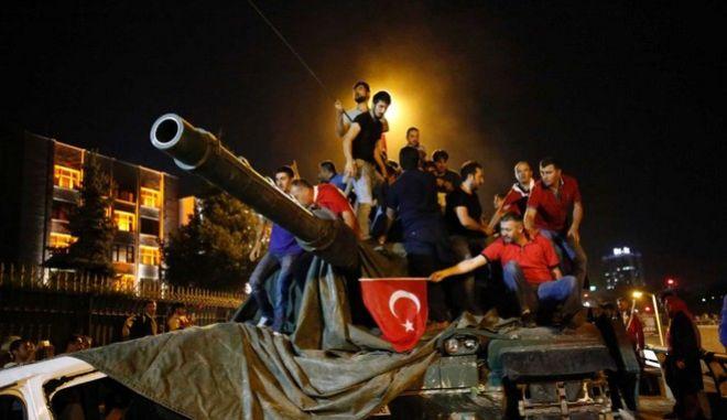 Θρίλερ με τη σύλληψη Τούρκων πραξικοπηματιών στην Ορεστιάδα