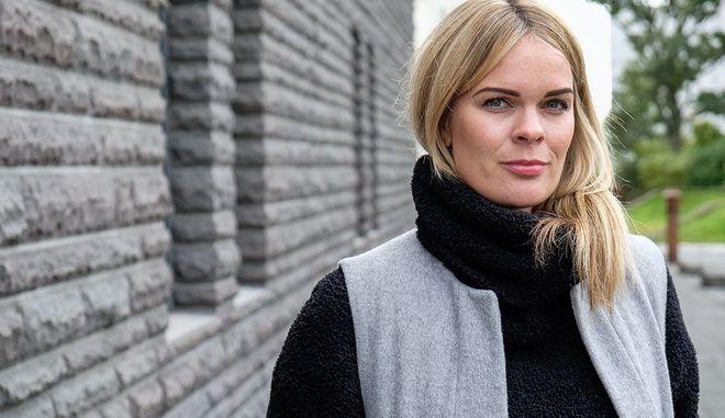 #FreeTheNipple: Βουλευτής της Ισλανδίας δείχνει το στήθος στο διαδίκτυο