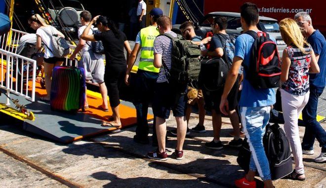 """Σαμοθράκη: Συνεχίζονται τα έκτακτα δρομολόγια προς Αλεξανδρούπολη με το """"Andros Jet"""""""