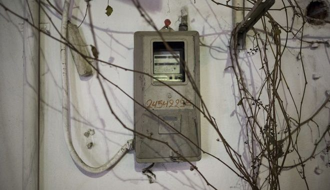An electricity meter of the Greek Public Power Corporation in Serres, Greece on 26 December 2013. /      . ,   26  2013.