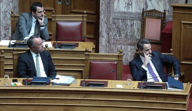 Ο πρωθυπουργός στη Βουλή