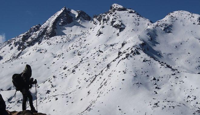 Τουλάχιστον οκτώ νεκροί ορειβάτες από χιονοθύελλα στο όρος Γκούρτζα του Νεπάλ
