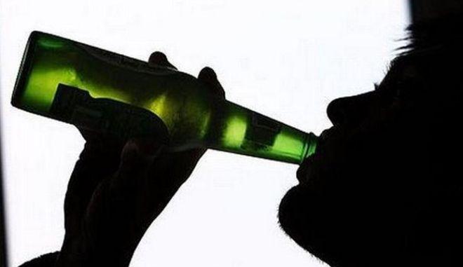 Στο νοσοκομείο 10χρονος από υπερβολική κατανάλωση αλκοόλ
