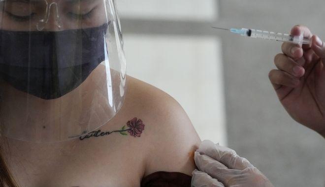 Εμβολιασμός κορονοϊού