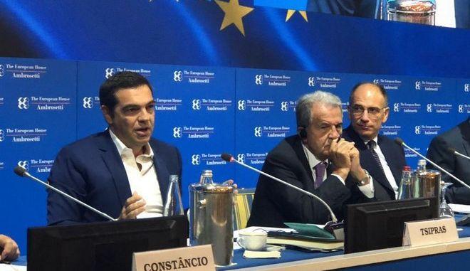 Τσίπρας από Ιταλία: Ευρωπαϊκό μέτωπο από την αριστερά μέχρι το προοδευτικό Κέντρο για γενναίες ευρωπαϊκές λύσεις