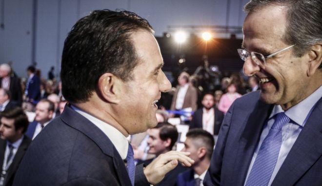 Ο αντιπρόεδρος της ΝΔ Άδωνις Γεωργιάδης και ο πρώην πρωθυπουργός Αντώνης Σαμαράς (EUROKINISSI/ΓΙΩΡΓΟΣ ΚΟΝΤΑΡΙΝΗΣ)