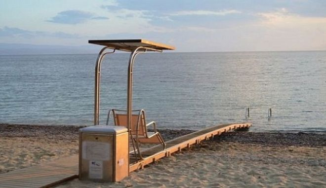 Επιτέλους! Ράμπες για ΑμΕΑ σε παραλίες της Αττικής