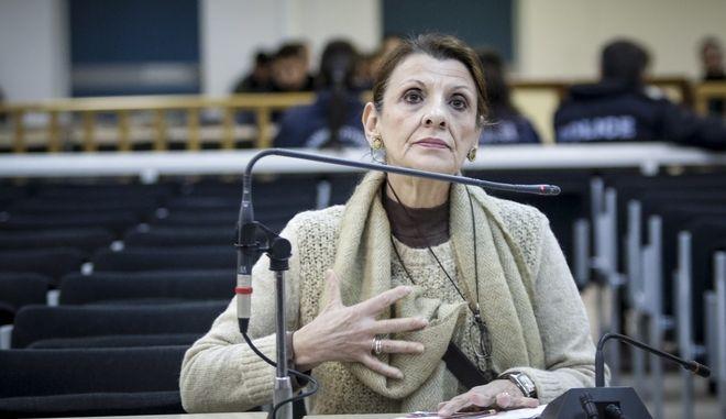"""Η ηθοποιός και πρωην βουλευτής του ΣΥΡΙΖΑ ΜΑρία Κανελλοπούλου καταθέτει στην δίκη της """"Χρυσής Αυγής"""" την Παρασκευή 12 Ιανουαρίου 2018, στην δικαστική αίθουσα των φυλακών Κορυδαλλού. (EUROKINISSI/ΓΙΑΝΝΗΣ ΠΑΝΑΓΟΠΟΥΛΟΣ)"""