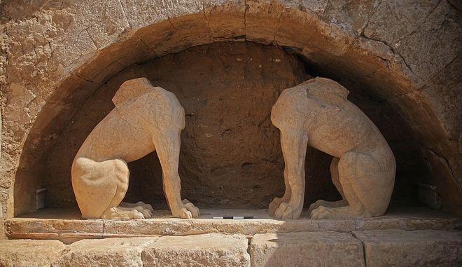 Ο Τύμβος Καστά, στην Αμφίπολη. (EUROKINISSI/Γραφείο Τύπου Υπουργείου Πολιτισμού και ΑΘλητισμού)