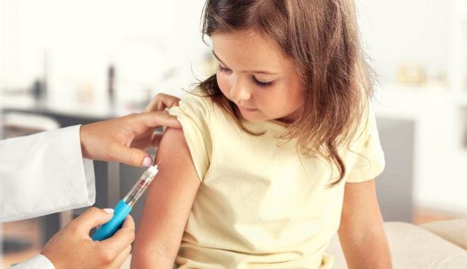 12 μύθοι για τα εμβόλια