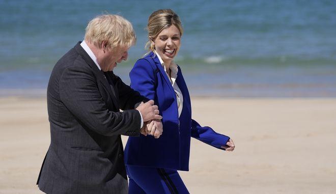 O βρετανός πρωθυπουργός με την σύζυγό του