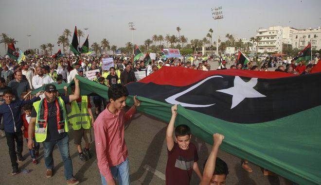 Στιγμιότυπο από διαδήλωση στη Λιβύη