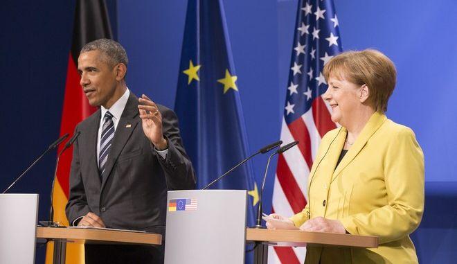 Στη Μέρκελ το τελευταίο επίσημο τηλεφώνημα του Μπαράκ Ομπάμα