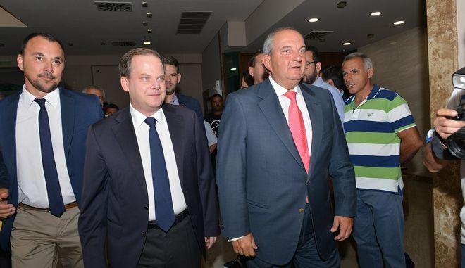 """Καραμανλής: Προεκλογική αγωνία του ΣΥΡΙΖΑ - Η ιστορία έγραψε ποιος είπε """"όχι"""" στο Βουκουρέστι"""