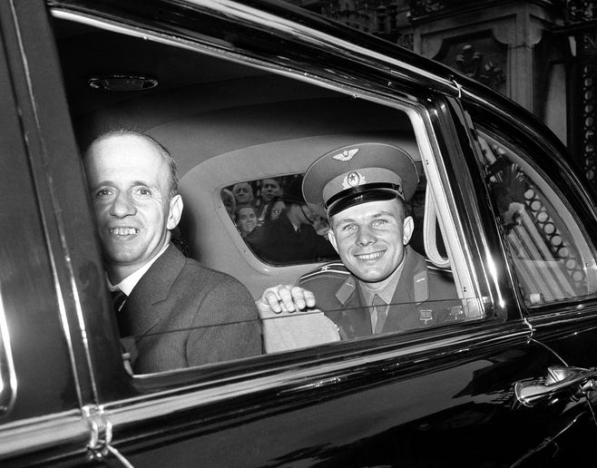 Major Yuri Gagarin, the Russian astronaut, leaves Buckingham Palace in London, United Kingdom  on July 14, 1961, after lunch with Queen Elizabeth II. He is visiting Britain in connection with the soviet exhibition in London. (AP Photo/Brian Calvert)