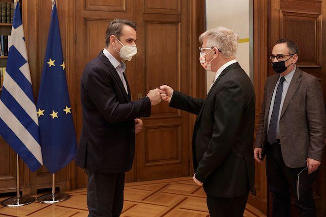 Συνάντηση Κ. Μητσοτάκη με τον καθηγητή Ιατρικής Nadir Arber, 29 Απριλίου 2021