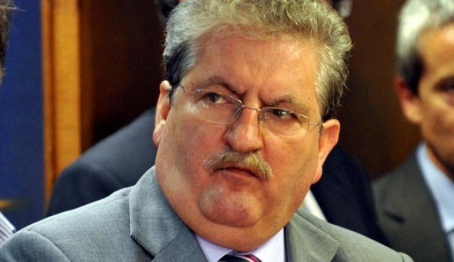 Ο ειδικός γραμματέας του ΣΔΟΕ, Γιάννης Διώτης, διακρίνεται κατά την διάρκεια της τελετής παράδοσης - παραλαβής στο Υπουργείο Οικονομικών, Παρασκευή 17 Ιουνίου 2011. (EUROKINISSI // ΑΝΤΩΝΗΣ ΝΙΚΟΛΟΠΟΥΛΟΣ)