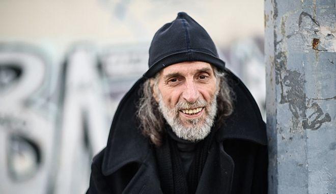 'Έφυγε' από τη ζωή ο σχεδιαστής μόδας Δημήτρης Παρθένης