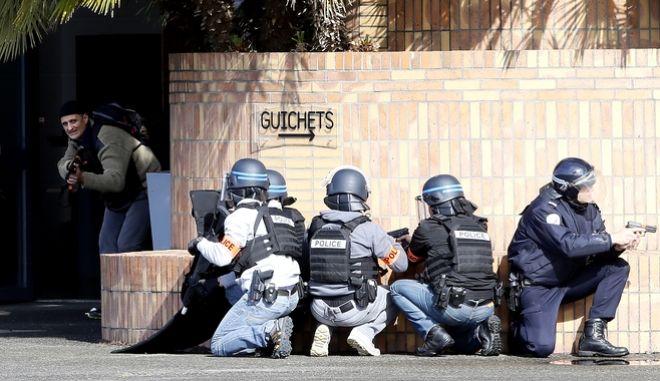 Γαλλικές εκλογές: Οι θέσεις των υποψηφίων για την τρομοκρατία