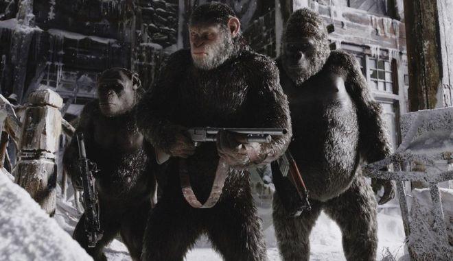 Όλες οι νέες ταινίες στις αίθουσες: Ο Caesar θα τελειώσει τον πόλεμο στον νέο 'Πλανήτη των Πιθήκων'