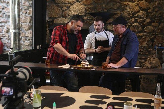 My Way: Μποτρίνι και Αρναούτογλου ξέρουν από βέσπα... και καλό φαγητό