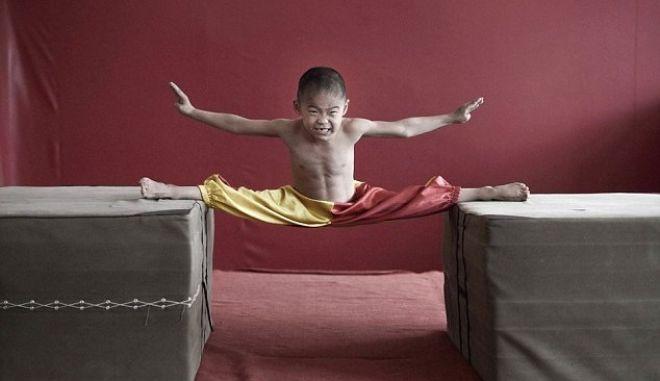 Ο 7χρονος βασιλιάς της τούμπας