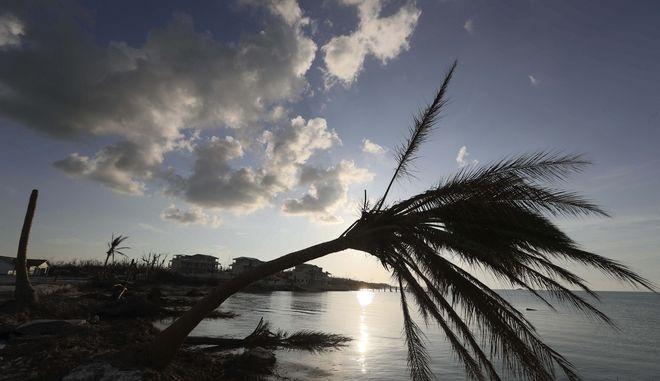 Πέρασμα του τυφώνα Ντόριαν