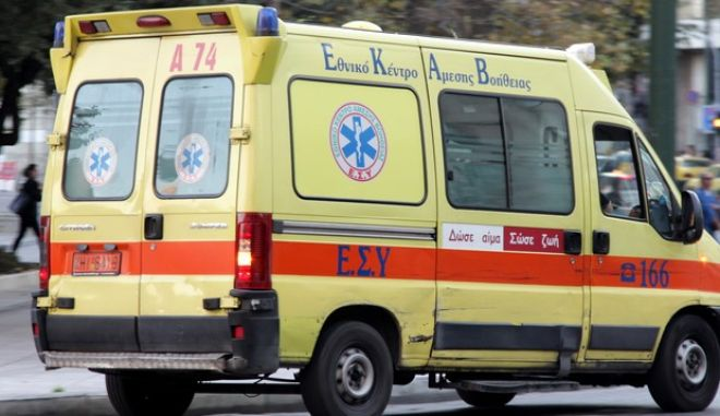 Άρτα: 70χρονος υπέστη ανακοπή και το αυτοκίνητό του τραυμάτισε μια γυναίκα