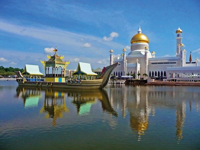 Ο Σουλτάνος του Μπρουνέι απαγορεύει (πάλι) τα Χριστούγεννα