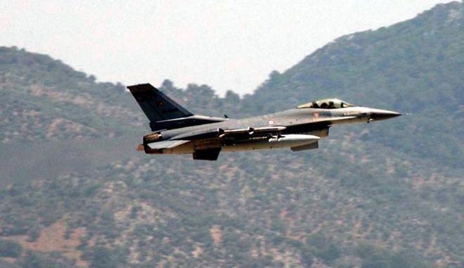 Παραβάσεις τουρκικών μαχητικών ενώ προσγειωνόταν ο Ερντογάν