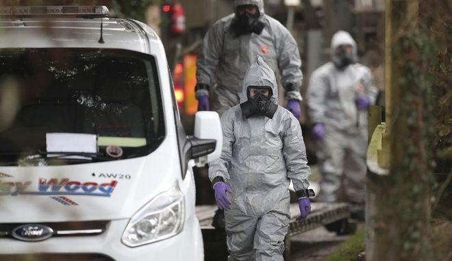 Βρετανοί ερευνητές ερευνούν τη δηλητηρίαση του Ρώσου πράκτορα Σεργκέι Σκριπάλ και της κόρης του