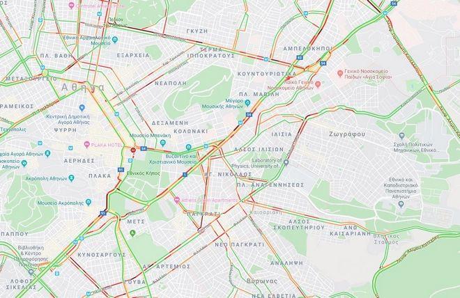 Κίνηση στους δρόμους: Οδηγοί κουράγιο! Απροσπέλαστο το κέντρο της Αθήνας