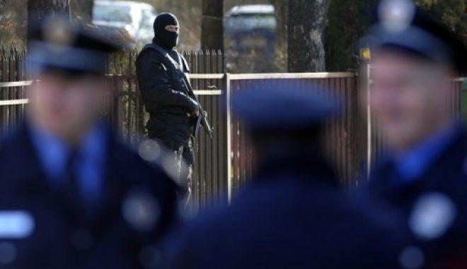 Μακελειό στη Σερβία, ένοπλος άνοιξε πυρ και σκότωσε 13 ανθρώπους