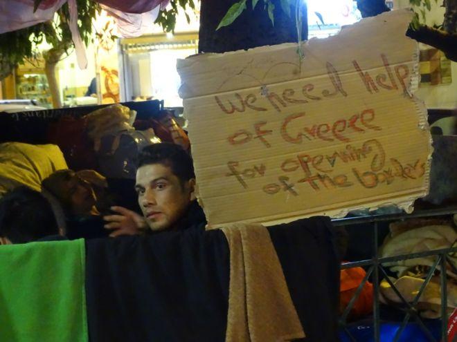 Όταν η ανθρωπιά γίνεται πράξη: Έτσι απαντούν οι Έλληνες στην ξενοφοβική Ευρώπη