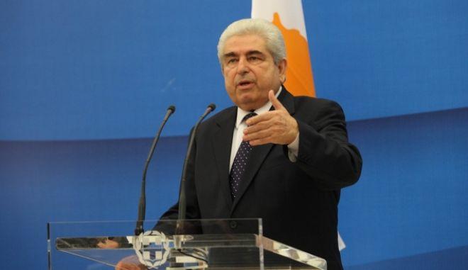 ΑΘΗΝΑ-Ο πρωθυπουργός Γ. Παπανδρέου συναντάται με τον Πρόεδρο της Κυπριακής Δημοκρατίας Δ. Χριστόφια. (EUROKINISSI-ΓΙΑΝΝΗΣ ΠΑΝΑΓΟΠΟΥΛΟΣ)
