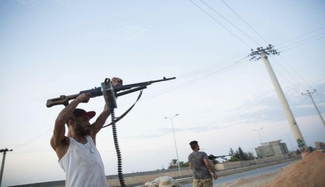 Μαχητές στην Τρίπολη της Λιβύης