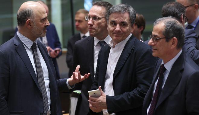 Στιγμιότυπο στο περιθώριο συνεδρίασης του Eurogroup