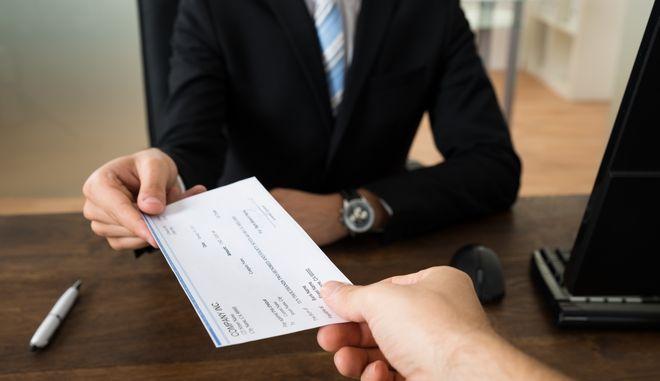 Επιταγές: Μέχρι 6 Μαΐου η ένταξη στη ρύθμιση
