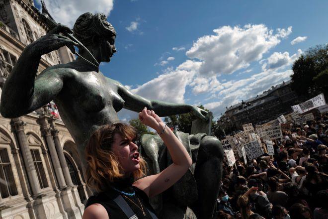 Διαμαρτυρία γυναικών για το κίνημα MeToo στην Γαλλία (φωτογραφία αρχείου)